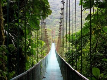 """Top 10 """"What to Do's"""" in Costa Rica"""