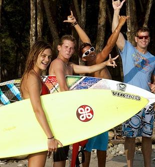 Make cool summer memories at surf camp!