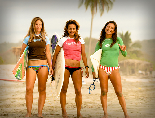 all chicas surf trip inspires fun camaraderie
