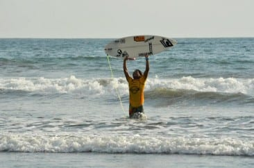 Jaco Surfers Win Top Titles in Costa Rica Surf Competition