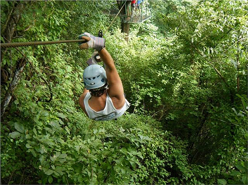 Canopy tour in Montezuma