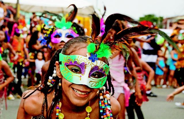 Carnival Limon Costa Rica, photo by La Nacion, Marcela Bertozzi