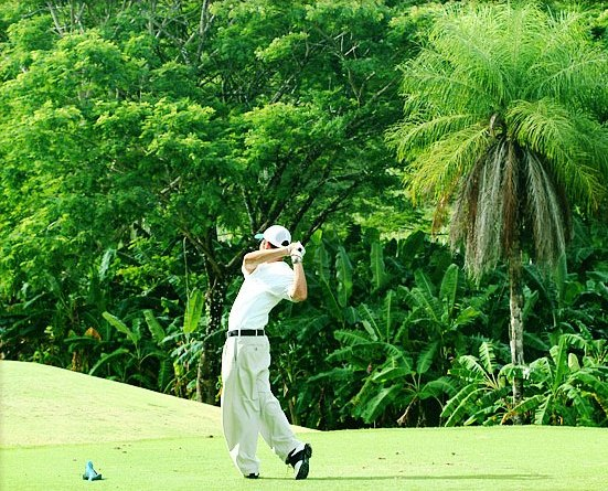 Where to go golfing near Atenas Costa Rica