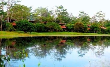 Quick fall break for romance & adventure in Costa Rica