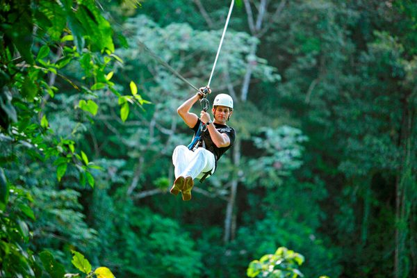 Canopy zip-line tour in Costa Rica