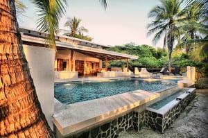 Beachfront Suite Hotel Tropico Latino