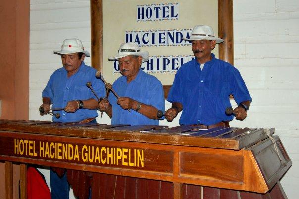 Hacienda Guachipelin marimba music live