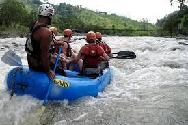 Raft Central America's cleanest river – the Savegre in Costa Rica