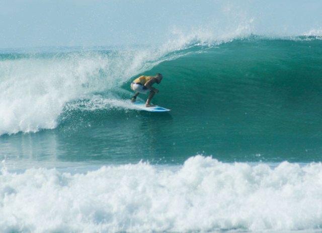 Surfing Santa Teresa, Pranamar Villas