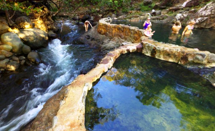 Hot springs Hacienda Guachipelin