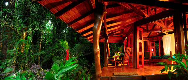 Playa Nicuesa luxury bungalow in rainforest