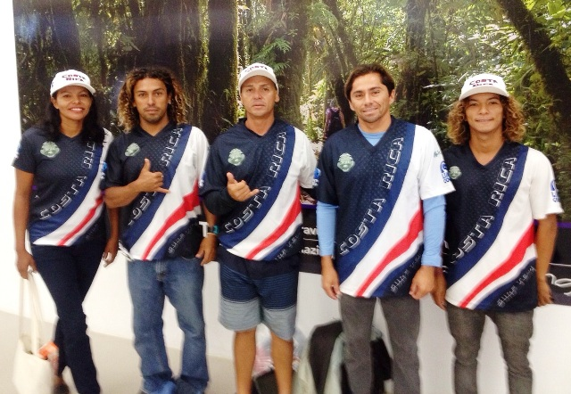 Costa Rica National SUP team, photo by Costa Rica Surf Federation