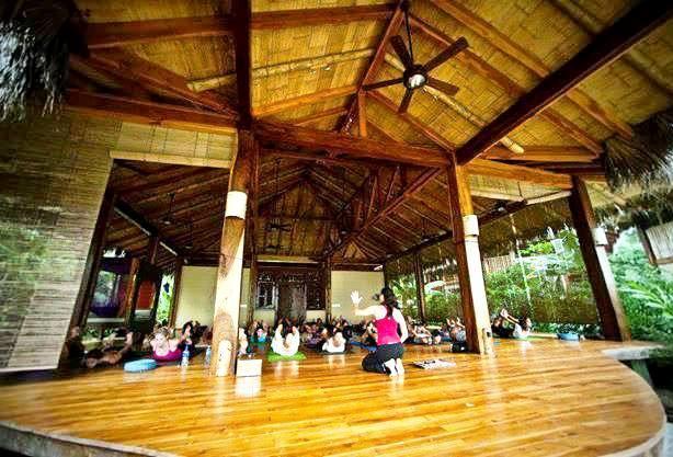 Yoga class at Pranamar Villas, Santa Teresa