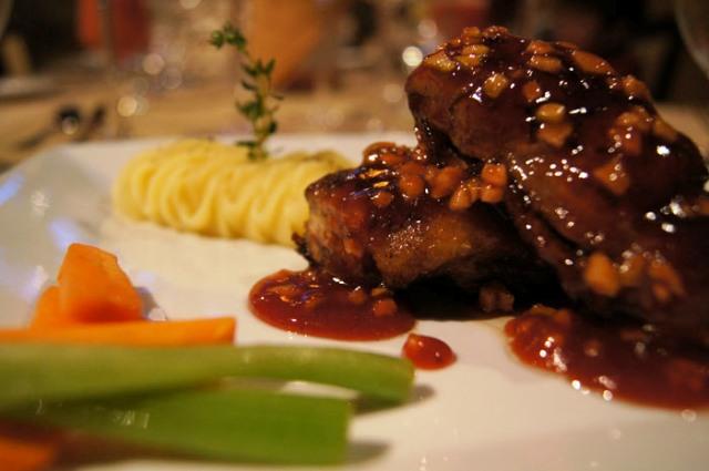Enjoy two best restaurants in Monteverde Costa Rica at Hotel El Establo