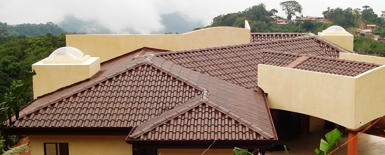 Home building Atenas Costa Rica eco-roof