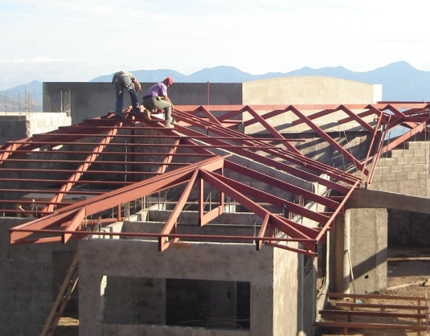 Home building Atenas Costa Rica steel framing