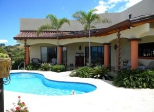 Home building Atenas Costa Rica swimming pool