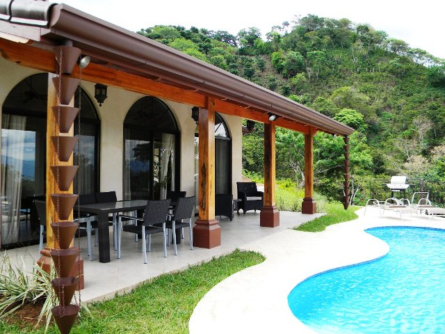 Home building Atenas Costa Rica terrace shade