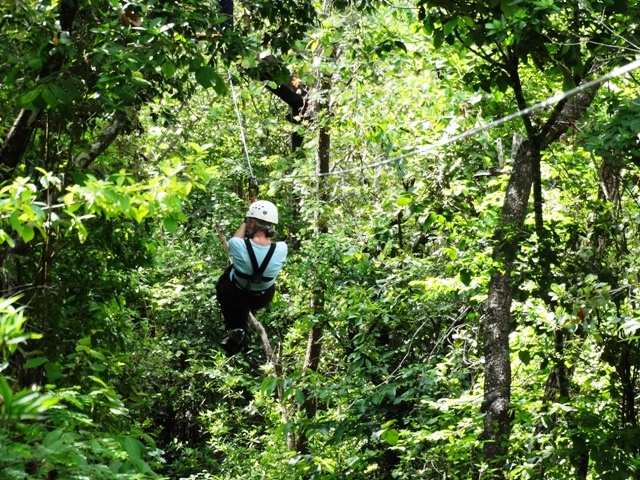 Canyon Canopy Tour at Hotel Hacienda Guachipelin in Costa Rica & Top Costa Rica canopy zip line tour at Hotel Hacienda Guachipelin ...
