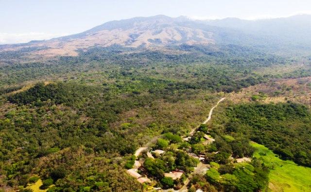 Hotel Hacienda Guachipelin at Rincon de la Vieja Volcano