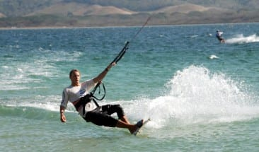 Papagayo winds: Time for kite surfing in Costa Rica!