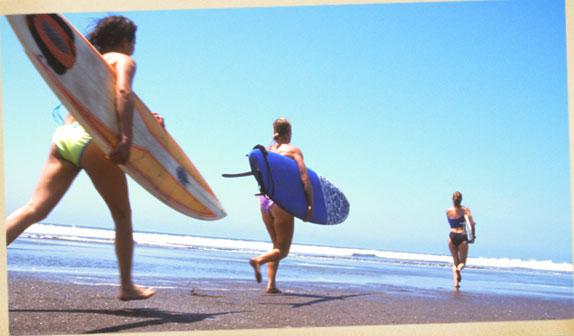 Women's surfing Santa Teresa Costa Rica