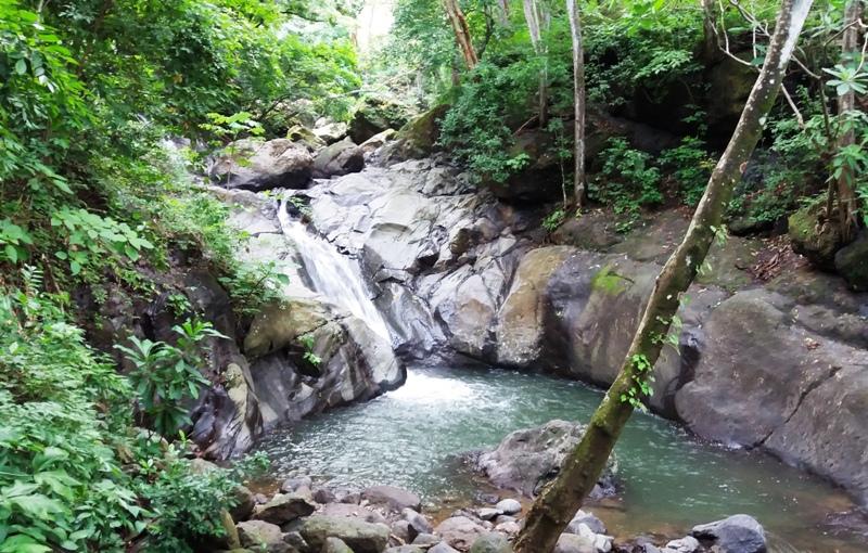 Las Minas Waterfalls by Atenas Costa Rica