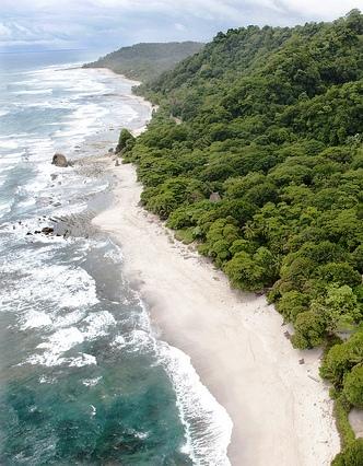 Santa Teresa Costa Rica coastline