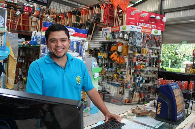 CoopeAtenas friendly business in Atenas Costa Rica