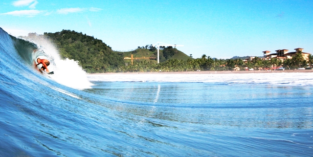 surfing-jaco-beach-costa-rica