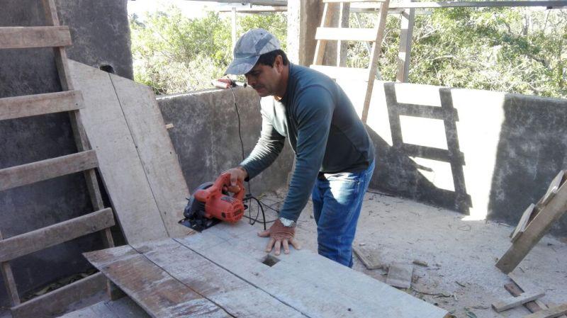 Rolando Perez Gonzalez, master builder in Atenas Costa Rica