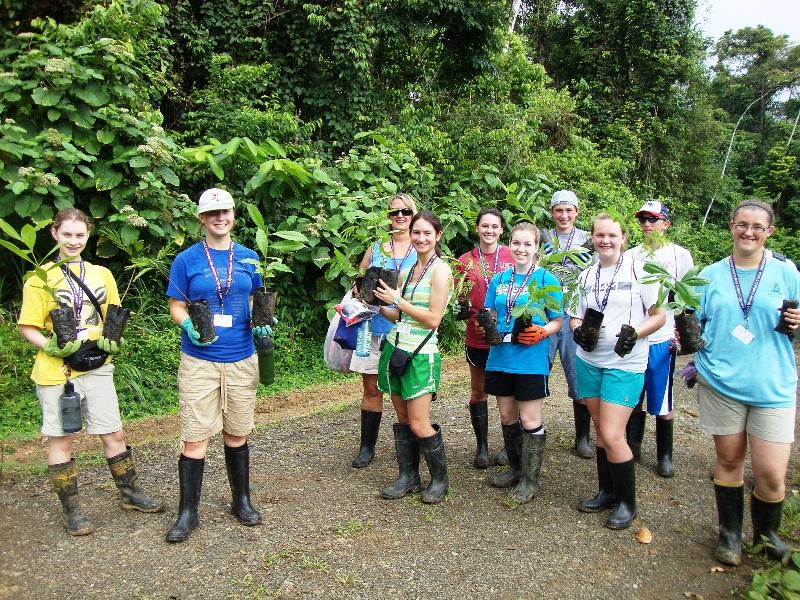 Veragua Rainforest tree planting