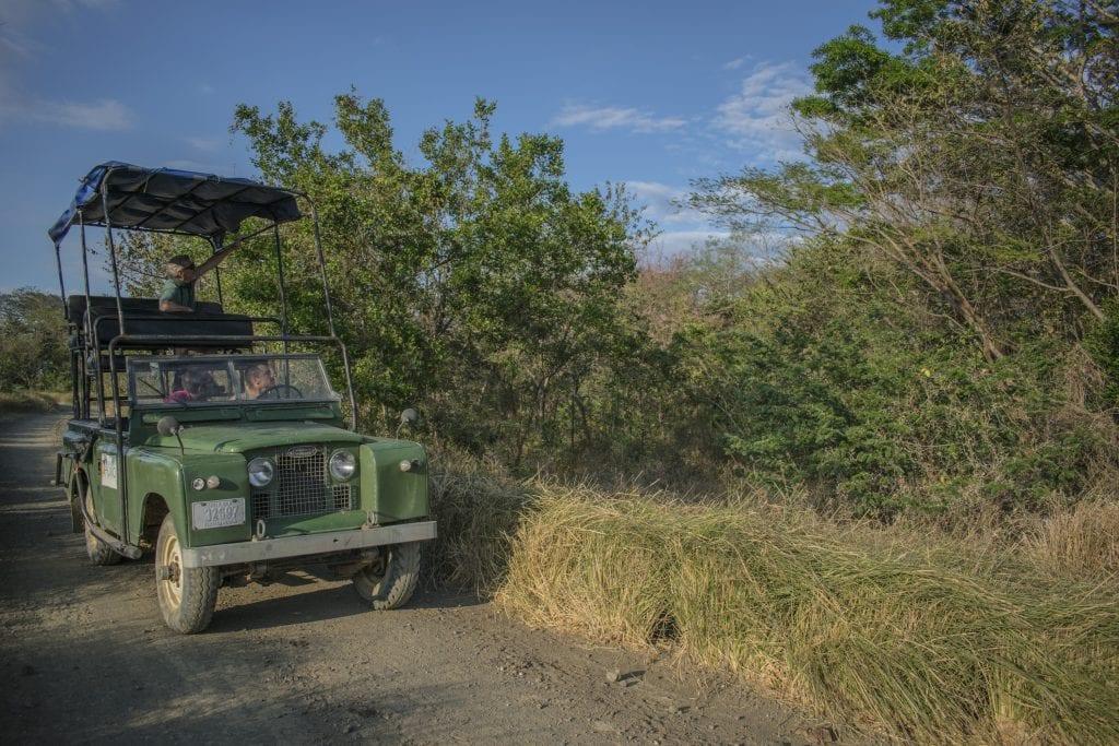 Land Rover 4x4 modificado usado para tour tipo safari. Foto cortesía Rancho Humo.