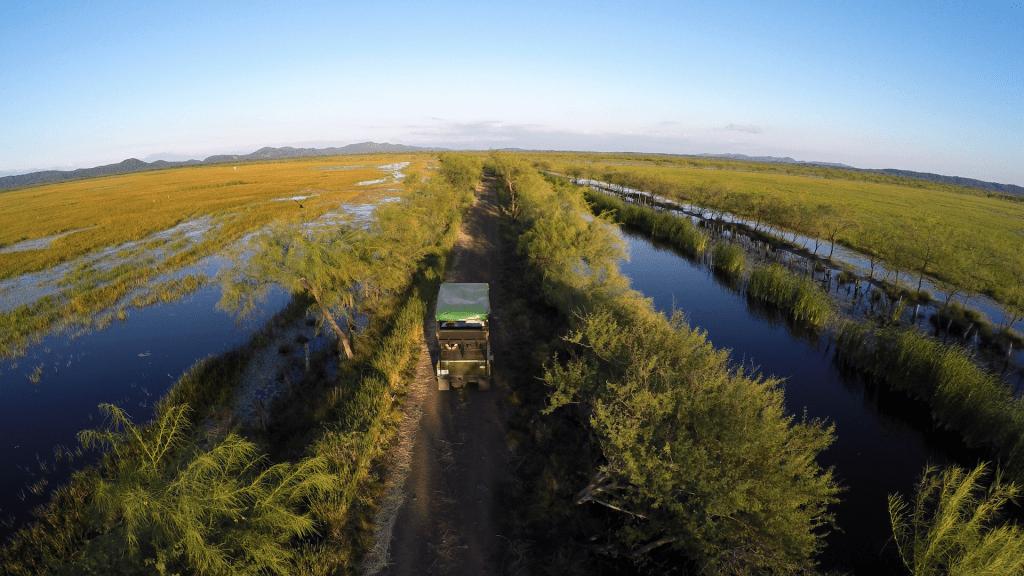 Vista aérea de los humedales y canales que deben mantenerse libres en Estancia Rancho Humo