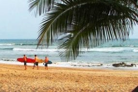Keeping the beaches of Santa Teresa, Costa Rica clean