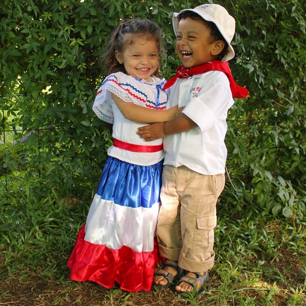 Costa Rican children in typical costumes ready to celebrate, photo credit @victormanuel01ve