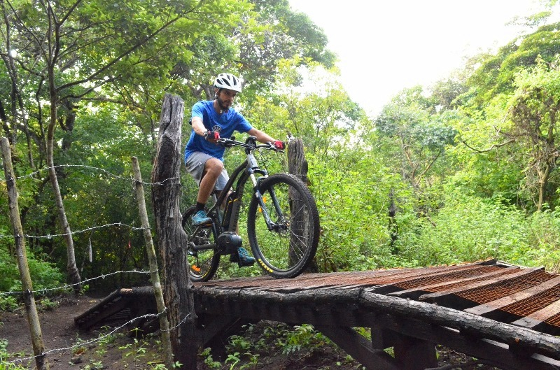 Electric mountain bikes at Hacienda Guachipelin