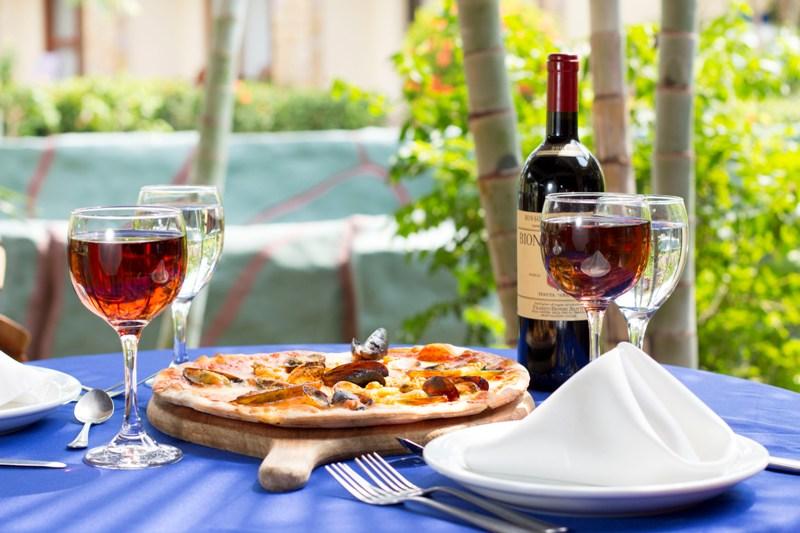 Hotel Amapola Jaco Beach dining