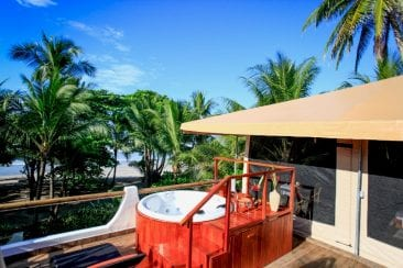 Santa Teresa Resort Now Offers Luxury Glamping in Costa Rica