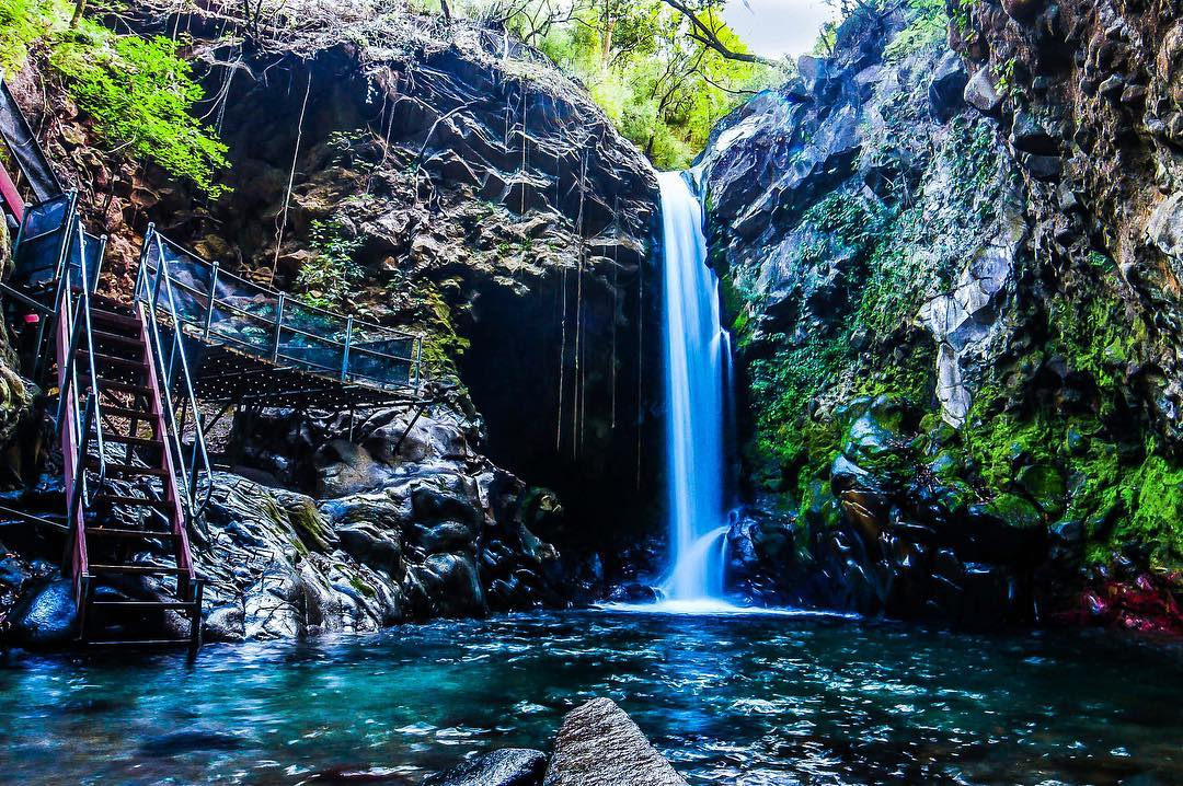 majestic waterfalls to visit during your stay in guanacaste