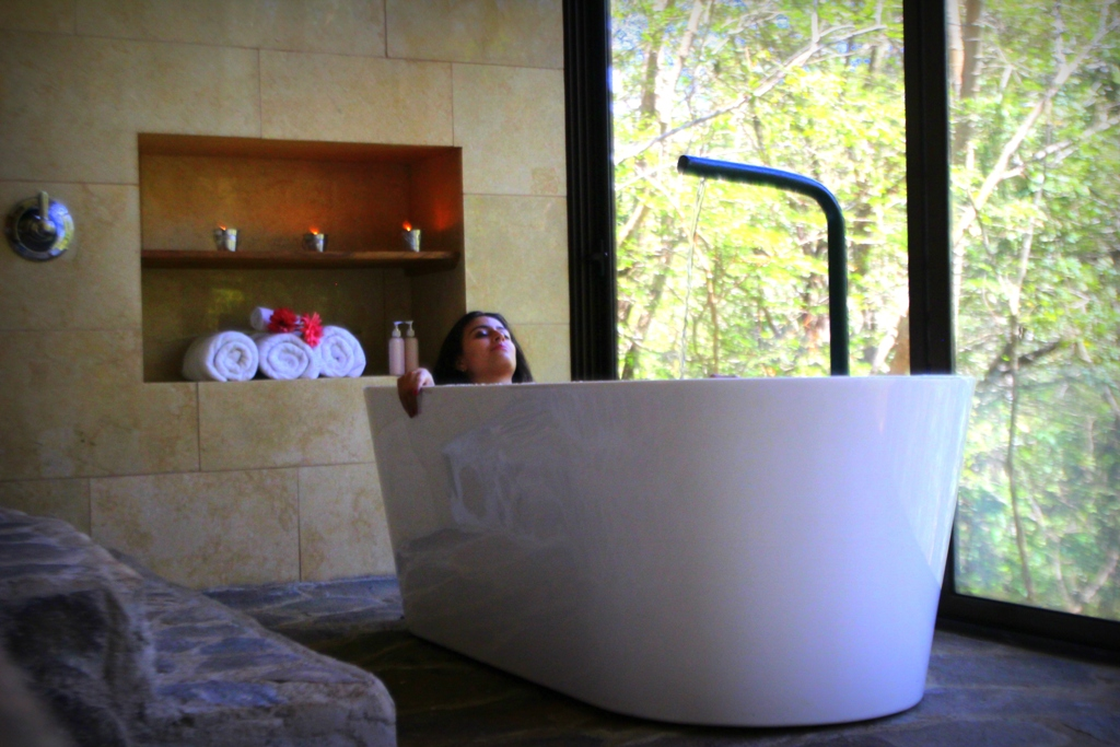 Simbiosis Spa at Hacienda Guachipelin