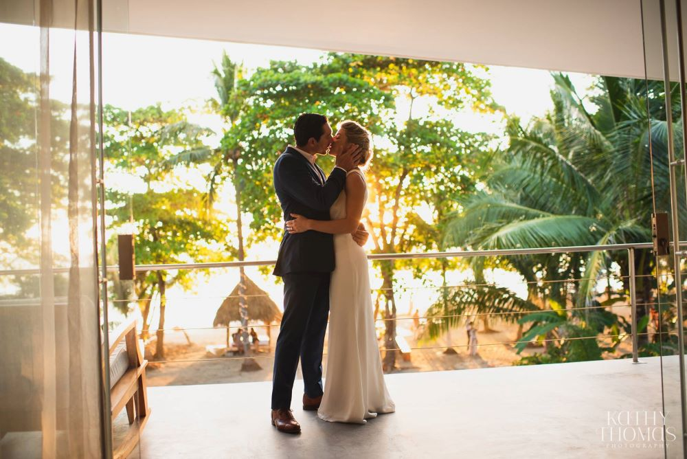 tropical weddings Santa Teresa costa rica Pranamar
